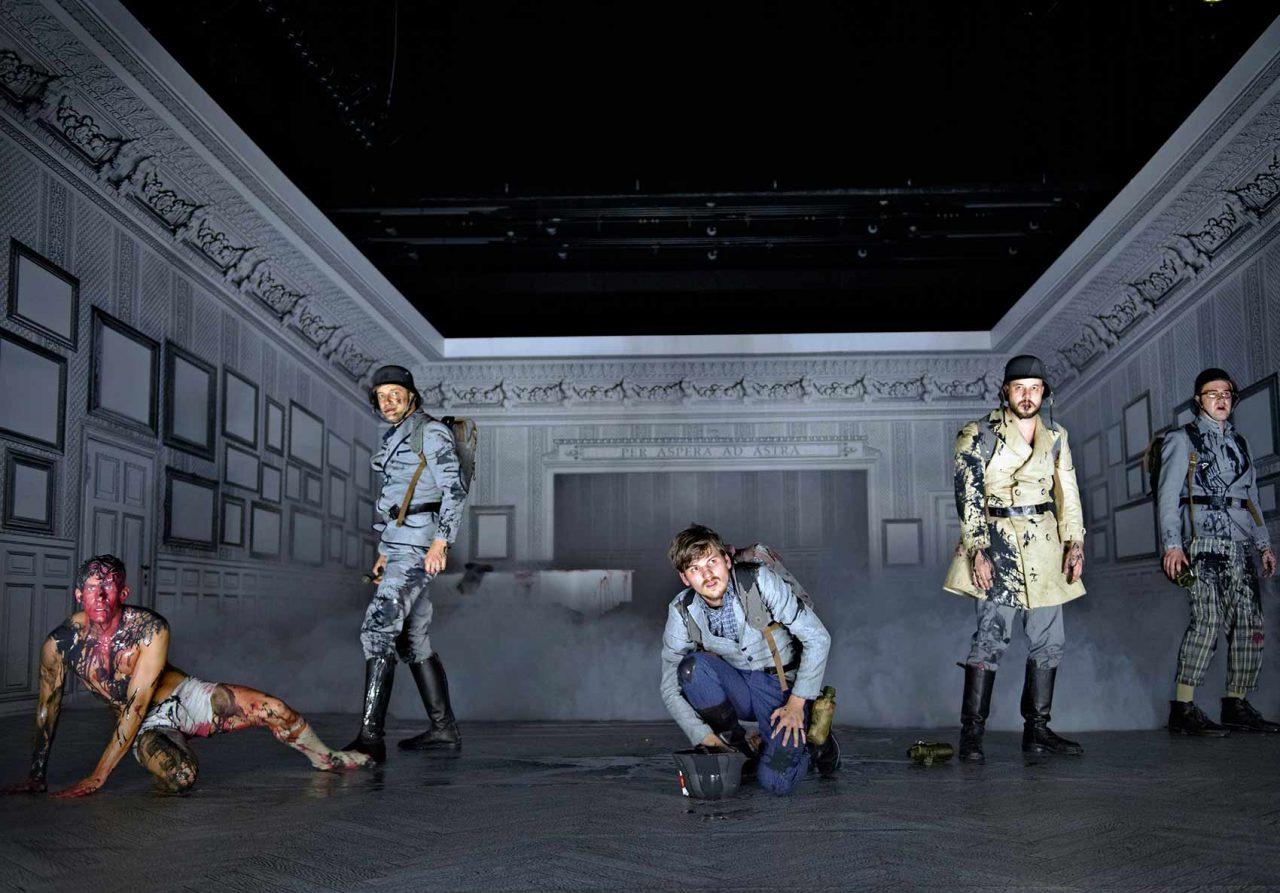 Schauspiel Hannover: Im Westen nichts Neues, 2014